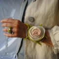 "BRACELET ROSE ""watch"" hand felted out of 100% merino wool"