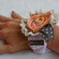 "BRACELET ROSE ""watch"" hand felted, rose 100% cashmere, leafs 60% silk/40% merinowool"